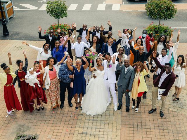 Le mariage de David et Ludmilla à Élancourt, Yvelines 35