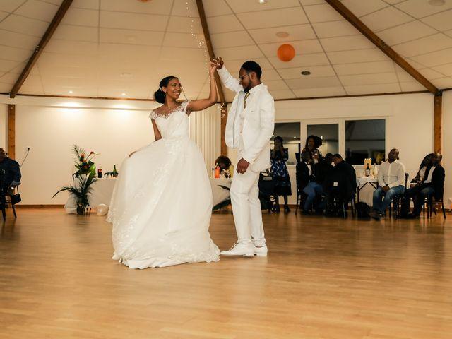 Le mariage de David et Ludmilla à Élancourt, Yvelines 85