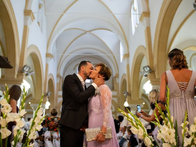 Le mariage de David et Nathalie à Trets, Bouches-du-Rhône 16