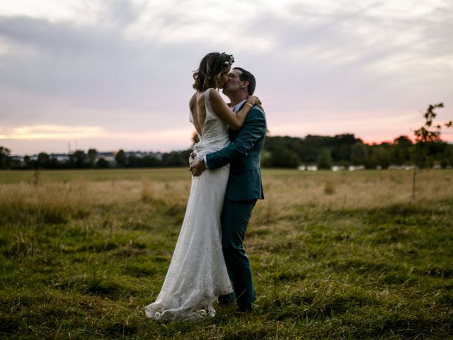 Le mariage de Vincent et Emilie à Chemillé, Maine et Loire 52