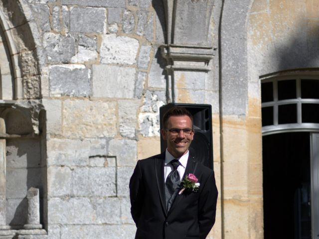Le mariage de Arnaud et Béatrice à Pont-de-l'Arche, Eure 2