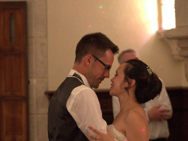 Le mariage de Arnaud et Béatrice à Pont-de-l'Arche, Eure 4