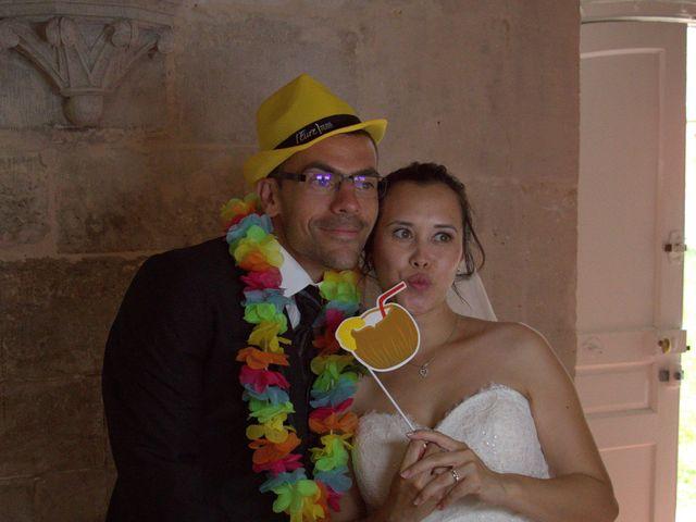 Le mariage de Arnaud et Béatrice à Pont-de-l'Arche, Eure 5