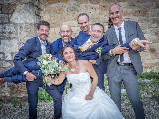 Le mariage de Olivier et Sophie à Brive-la-Gaillarde, Corrèze 16