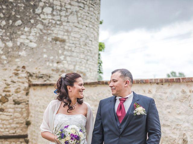 Le mariage de Adrien et Sonia à Auxerre, Yonne 3