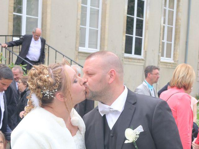 Le mariage de Gregory et Elodie à Bayeux, Calvados 5