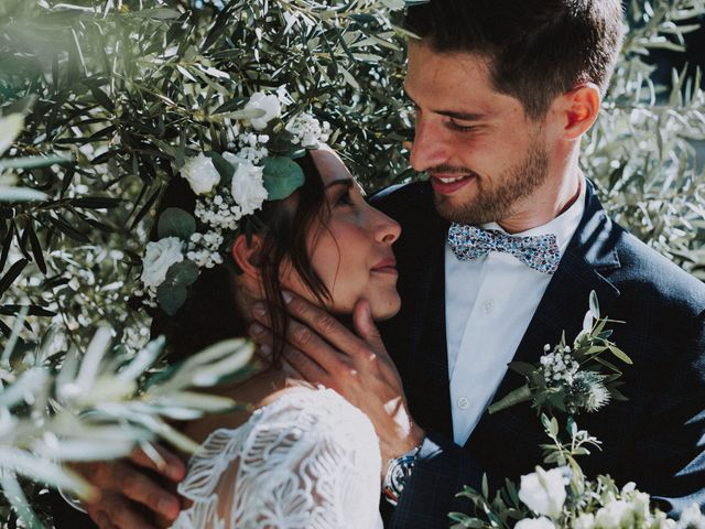 Le mariage de Stéphane et Laura à Orgon, Bouches-du-Rhône 13