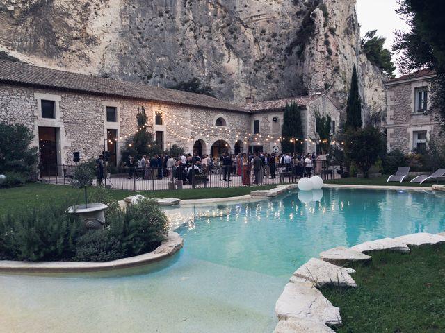 Le mariage de Stéphane et Laura à Orgon, Bouches-du-Rhône 20