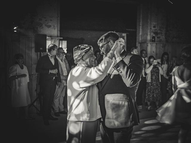 Le mariage de Julian et Mathilde à Bellême, Orne 38