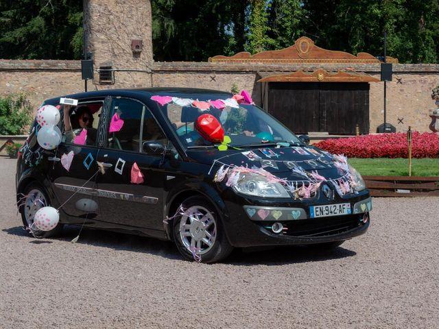 Le mariage de Julien et Anne-Sophie à Vallon-en-Sully, Allier 5