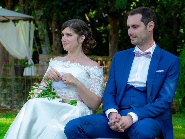 Le mariage de Julien et Anne-Sophie à Vallon-en-Sully, Allier 18