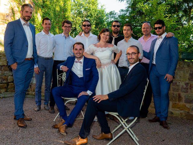 Le mariage de Julien et Anne-Sophie à Vallon-en-Sully, Allier 24