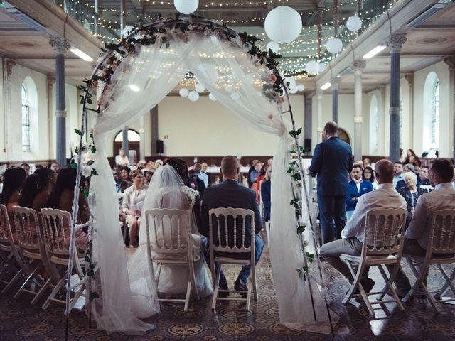 Le mariage de Charly et Elise à Charnoz-sur-Ain, Ain 32