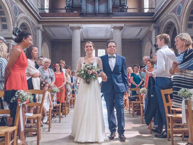 Le mariage de Robin et Eugénie à Saint-Germain-du-Puch, Gironde 5