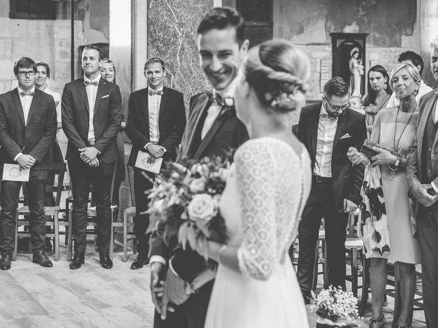 Le mariage de Robin et Eugénie à Saint-Germain-du-Puch, Gironde 6