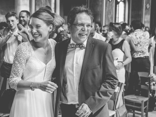 Le mariage de Robin et Eugénie à Saint-Germain-du-Puch, Gironde 15