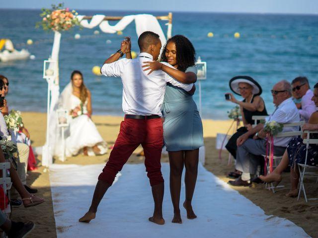 Le mariage de Yann et Nesrine à Saint-Raphaël, Var 18