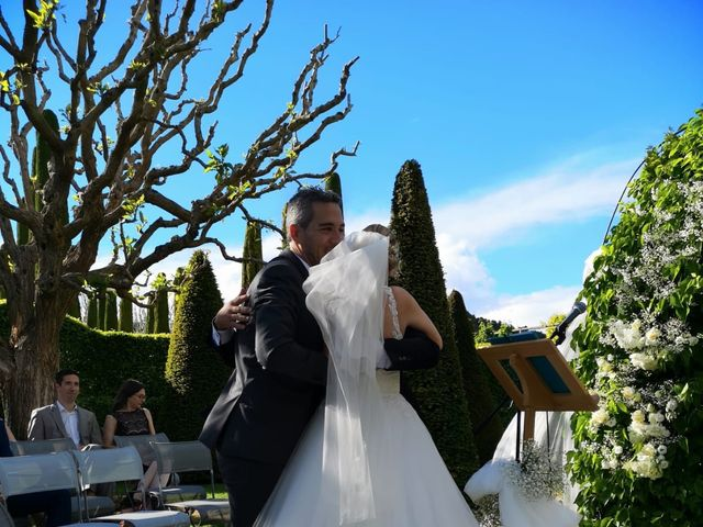 Le mariage de Nicolas et Sandrine   à Pertuis, Vaucluse 11