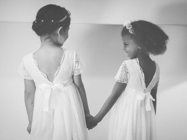 Le mariage de Nicolas et Sandrine   à Pertuis, Vaucluse 2
