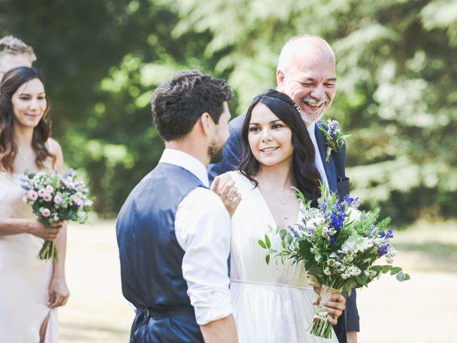 Le mariage de Mike et Rachel à Châtillon-sur-Loire, Loiret 7