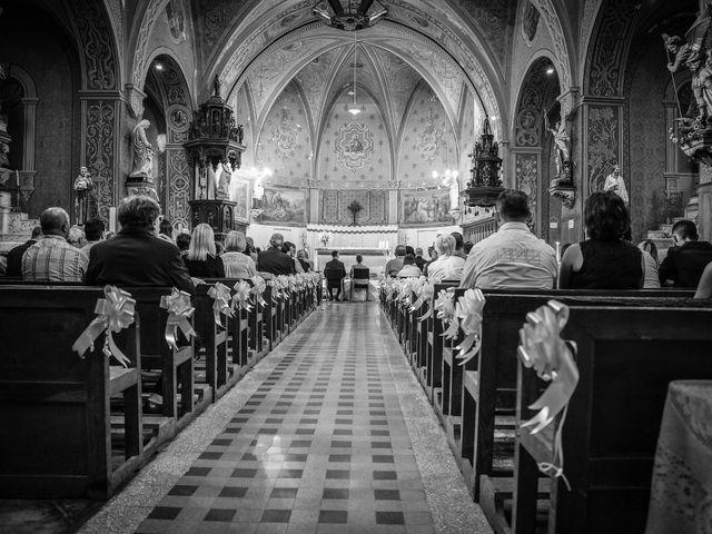 Le mariage de Xavier et Anaïs à Fréjairolles, Tarn 83
