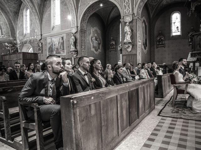 Le mariage de Xavier et Anaïs à Fréjairolles, Tarn 84