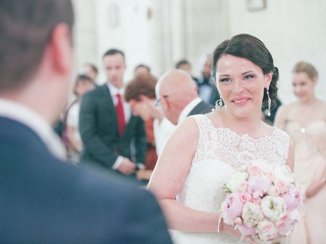 Le mariage de Matthieu et Lise à Lusignan, Vienne 37
