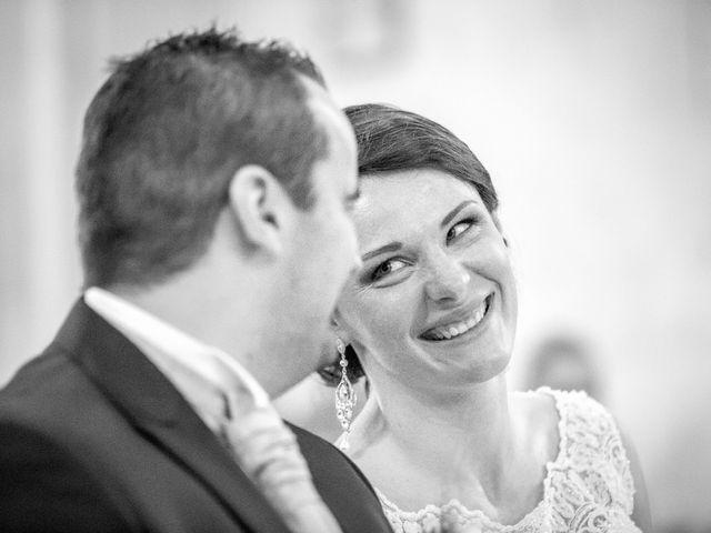 Le mariage de Matthieu et Lise à Lusignan, Vienne 41
