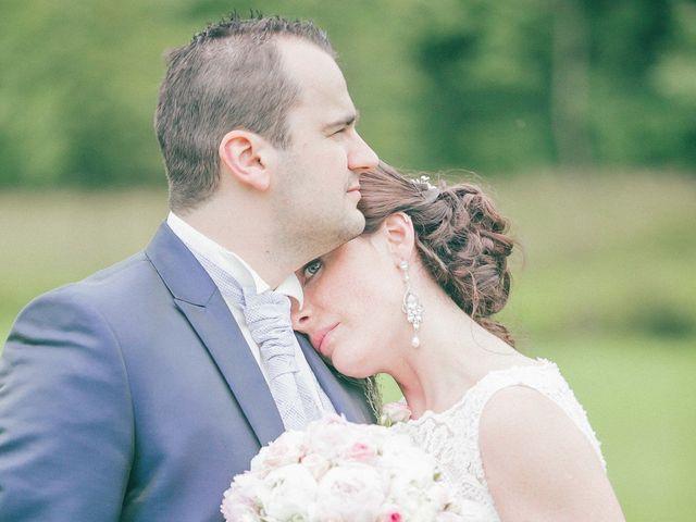Le mariage de Matthieu et Lise à Lusignan, Vienne 72