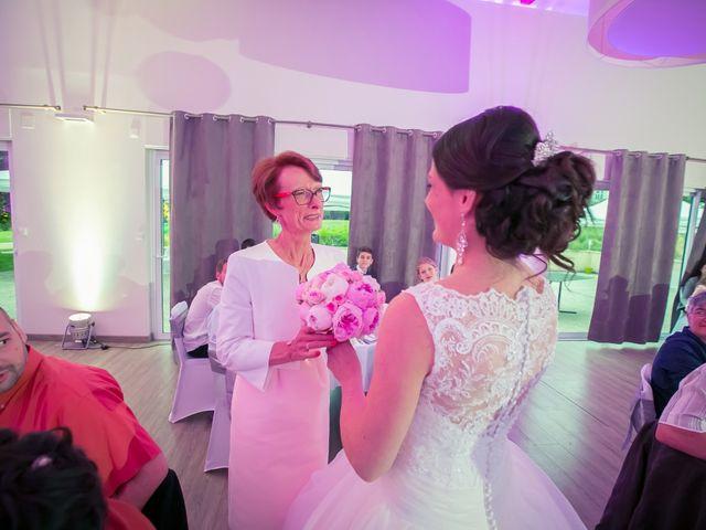 Le mariage de Matthieu et Lise à Lusignan, Vienne 86