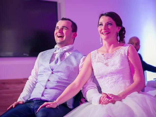 Le mariage de Matthieu et Lise à Lusignan, Vienne 88