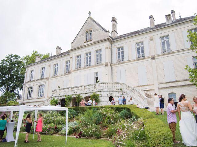 Le mariage de Jérôme et Sonia à Angoulême, Charente 3