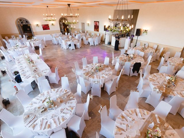 Le mariage de Thibault et Domenica à Villeneuve-Loubet, Alpes-Maritimes 88