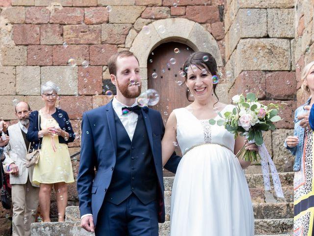 Le mariage de Mathieu et Lucie à Chaspinhac, Haute-Loire 11