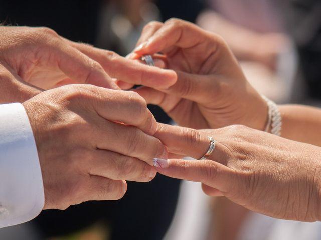 Le mariage de Mathieu et Lina à Île d'Aix, Charente Maritime 24