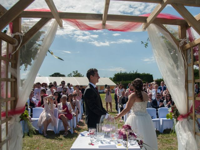 Le mariage de Mathieu et Lina à Île d'Aix, Charente Maritime 26