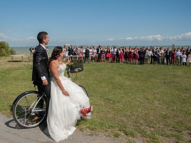 Le mariage de Mathieu et Lina à Île d'Aix, Charente Maritime 31