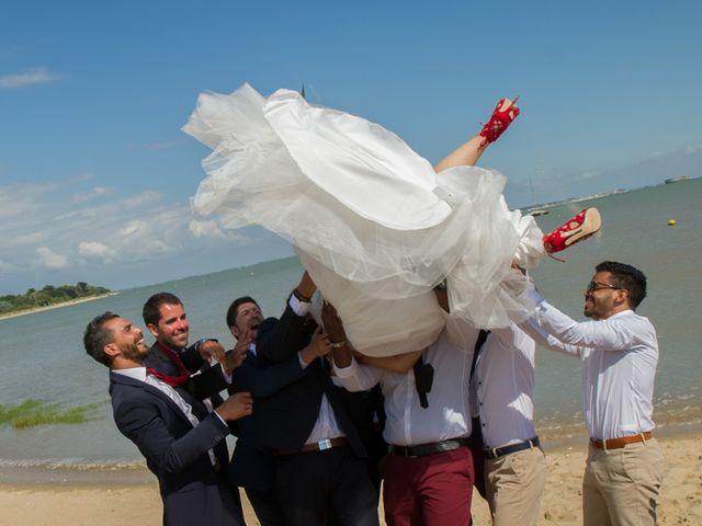 Le mariage de Mathieu et Lina à Île d'Aix, Charente Maritime 33