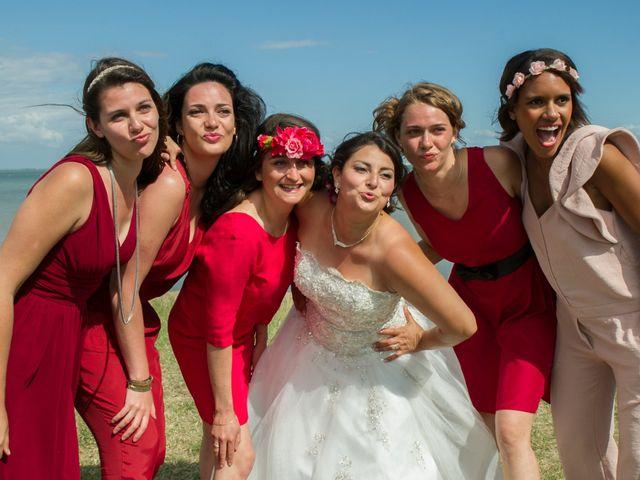 Le mariage de Mathieu et Lina à Île d'Aix, Charente Maritime 35