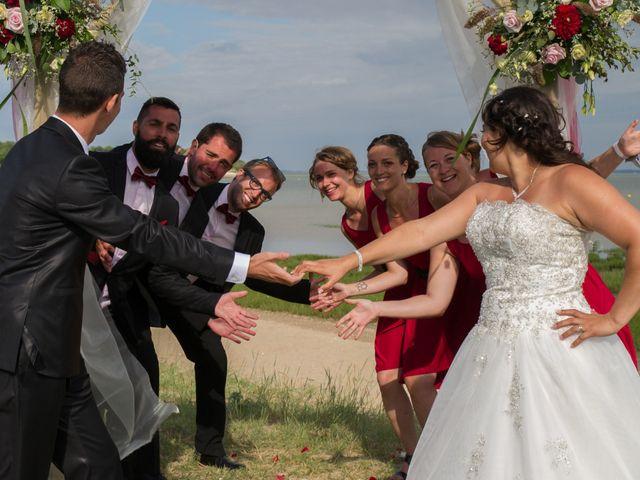 Le mariage de Mathieu et Lina à Île d'Aix, Charente Maritime 36