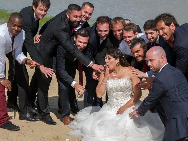 Le mariage de Mathieu et Lina à Île d'Aix, Charente Maritime 37