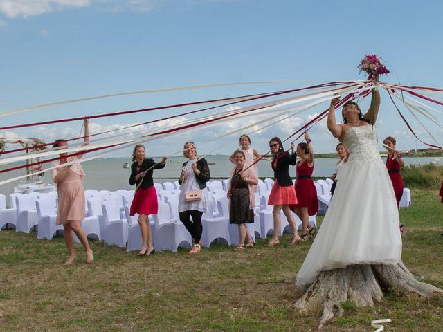 Le mariage de Mathieu et Lina à Île d'Aix, Charente Maritime 43