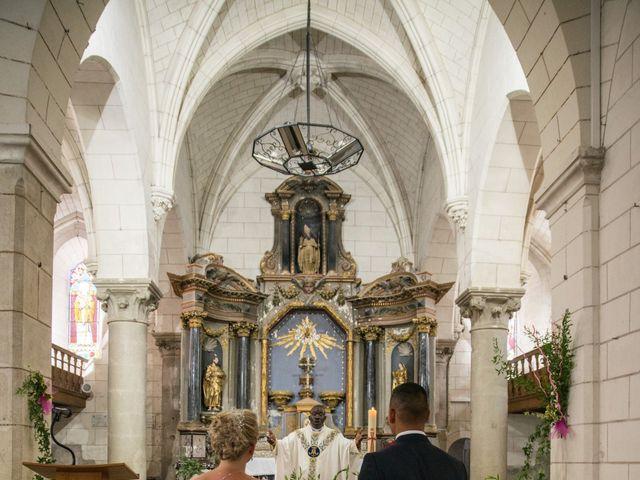 Le mariage de Grégory et Anne-Sophie à Noyant-de-Touraine, Indre-et-Loire 30