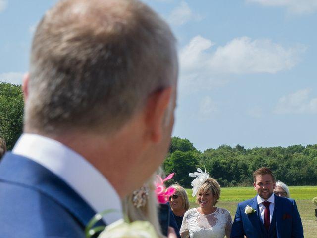 Le mariage de Tony et Cathy à Marennes, Charente Maritime 15