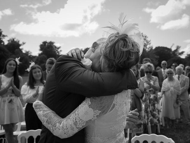 Le mariage de Tony et Cathy à Marennes, Charente Maritime 23