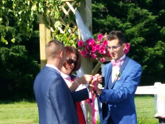 Le mariage de Sylvain et Julien à Beauvoir-sur-Mer, Vendée 9
