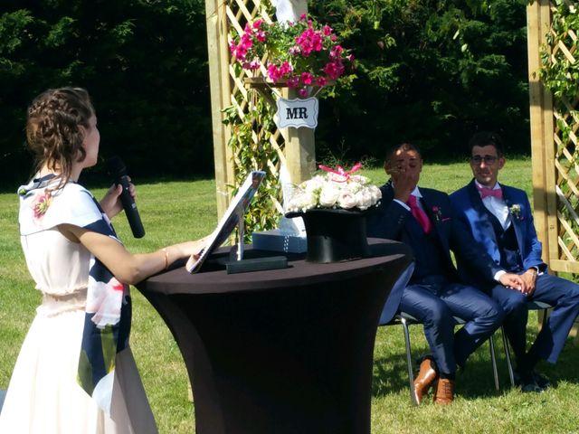 Le mariage de Sylvain et Julien à Beauvoir-sur-Mer, Vendée 10