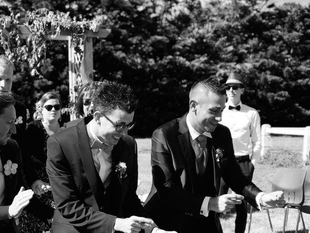 Le mariage de Sylvain et Julien à Beauvoir-sur-Mer, Vendée 16