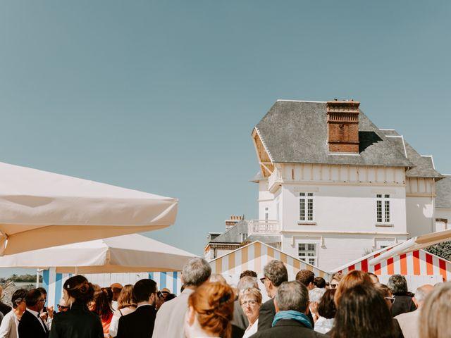 Le mariage de Laurent et Marie à Carolles, Manche 19