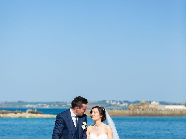 Le mariage de Sylvain et Nadia à Douarnenez, Finistère 22